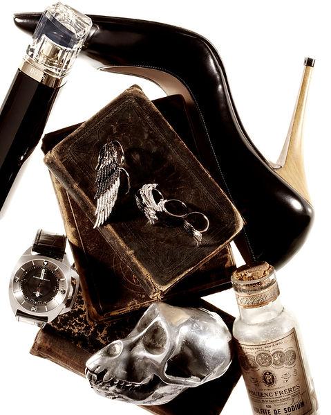 composition nature morte accessoires cabinet de curiosités