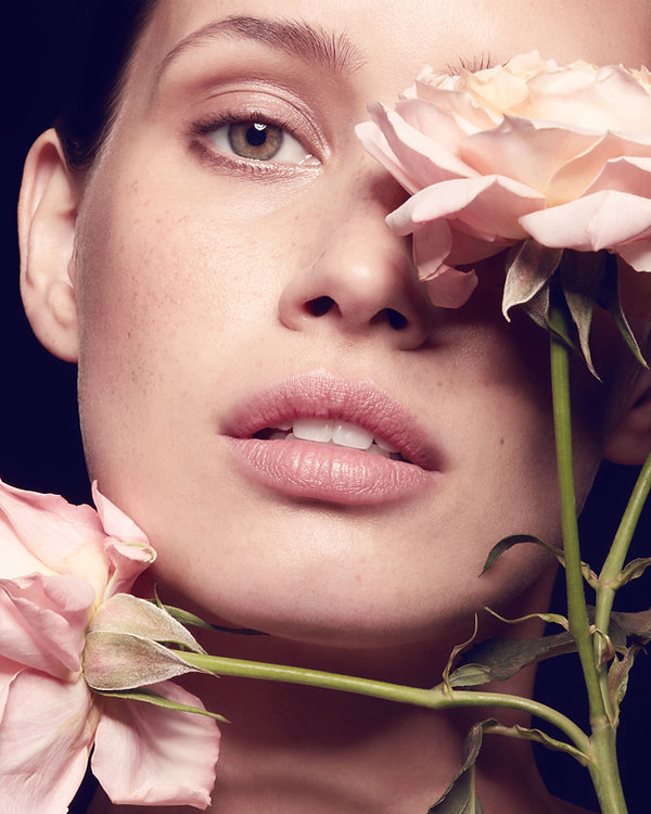 éditorial beauté  nude fleurs flower