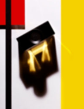 composition graphique parfum inspiration mondrian magazine OOB Guerlin