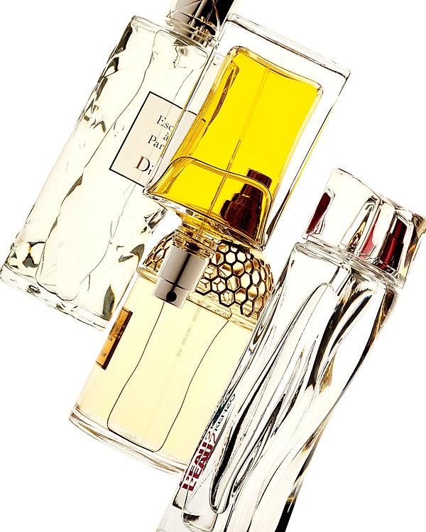 compostion parfum fond blanc dior guerlain kenzo