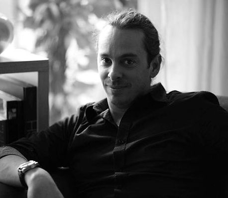 portrait of christophe donna - beauty and still life photographer