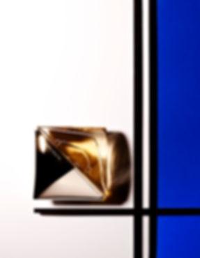 composition graphique parfum inspiration mondrian magazine OOB Calvin klein