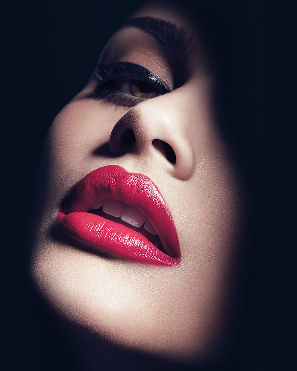 éditorial beauté  magazie Singularity claire obscure lips chanel