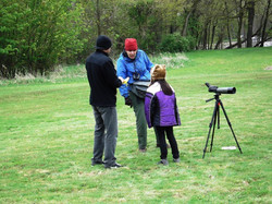 How to use a spotting scope