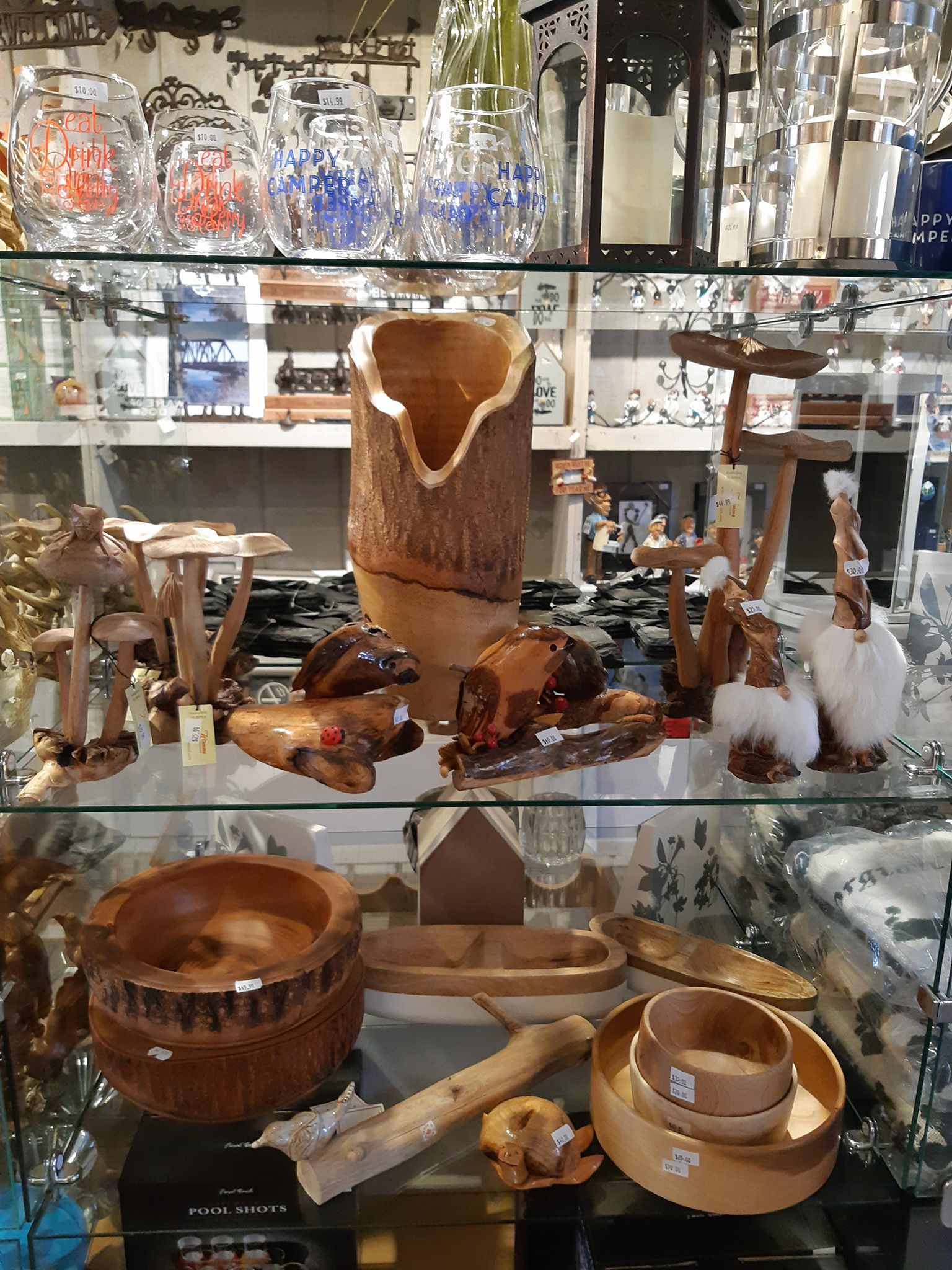 wood gifts, carvings