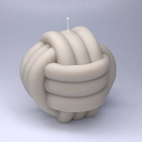 MEGA KNOT - TAUPE DECORATIVE SOY WAX CANDLE