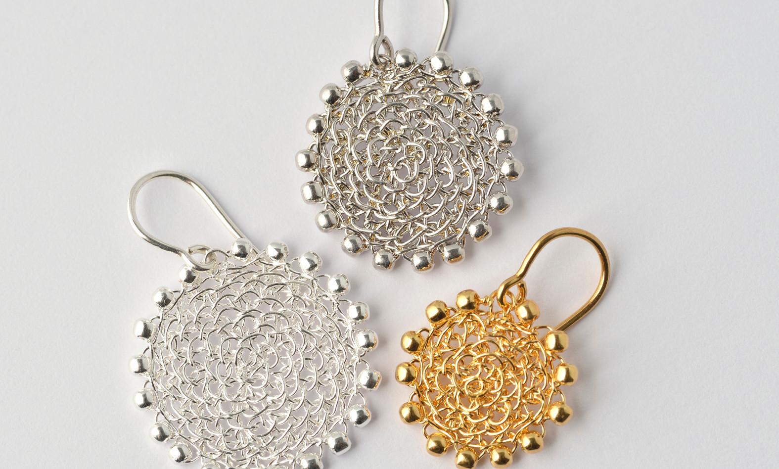 Ohrhänger Loop gefüllt, Silber, rhodiniert, feinvergoldet