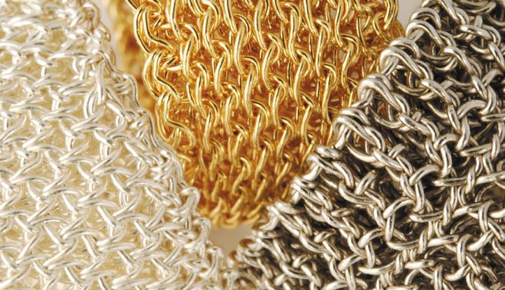 Stukturen: Luftmaschen, Luftmaschen links feinvergoldet, Stäbchen rhodiniert