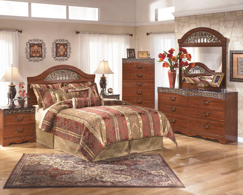 Ashley Bedset 8 Piece Package Deal