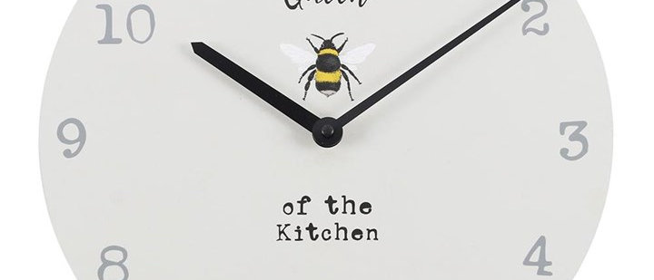 Wall Clock - Queen Of The Kitchen