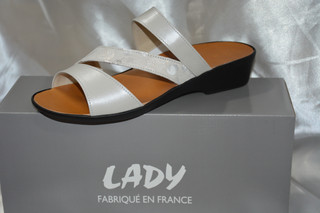 Laurie bis 92€