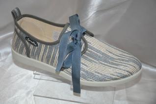 Naxos gris Prix: 44€