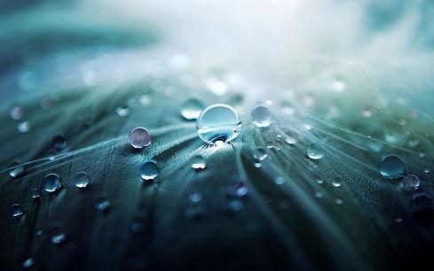 blue_water_drops_hd_widescreen_wallpaper
