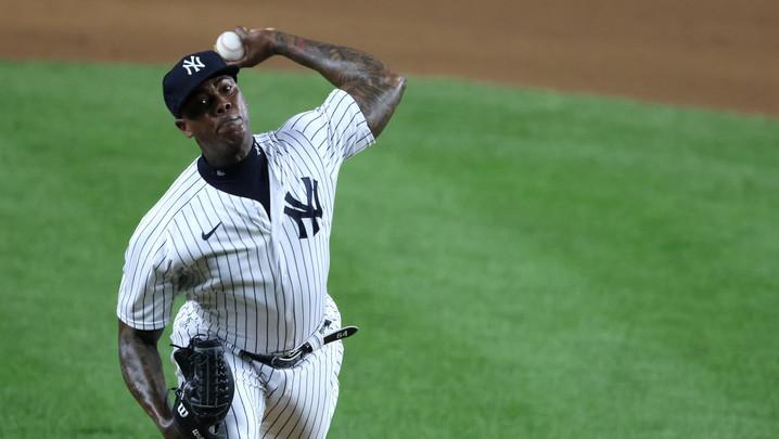Chapman sigue retomando su confianza: Salvó en el éxito de los Yankees contra los Rays