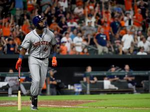 Yordan Álvarez impone récords sin precedentes en la historia de los Astros