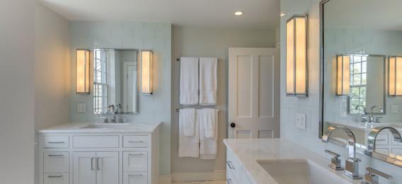 48_Bathroom1.jpg