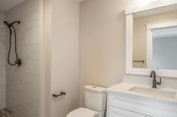 27_bathroom-10