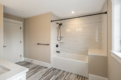 25_bathroom-8