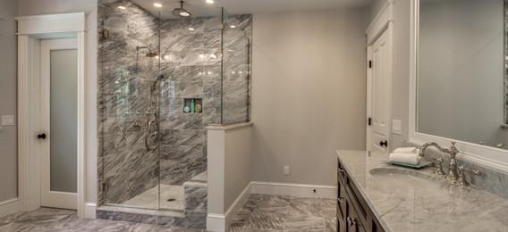 24_Bathroom1-3.jpg