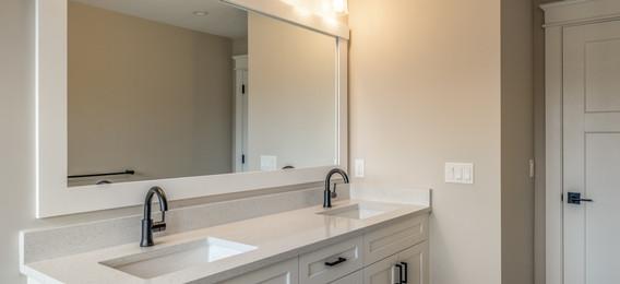 24_bathroom-7.jpg