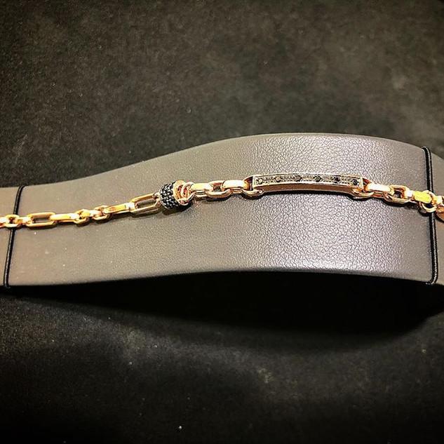 Bracciale in oro rosa 18 kt (750) con zi