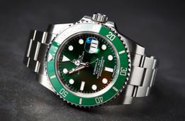 Rolex-Submariner-Hulk-116610LV-2.jpg