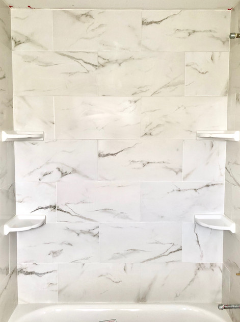 White Marble Shower/ Tub
