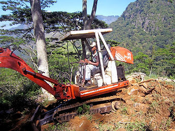 The Planters House - Sri Lanka - Tea Estate Boutique Hotel - Monarakanda estate backhoe