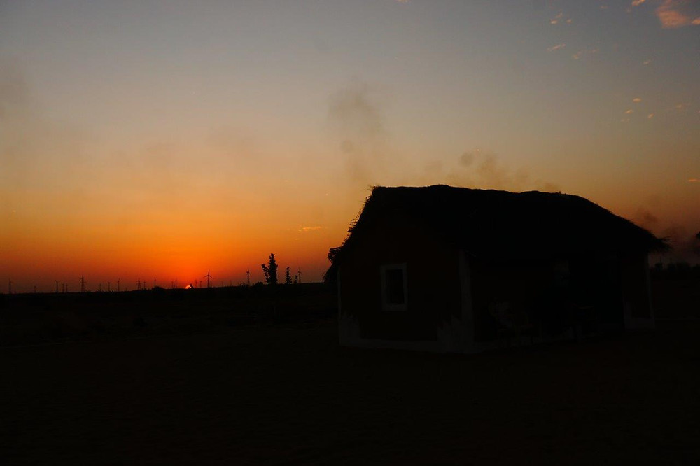 Late afternoon sunset at Mala Ki Dhani. When night falls, the sky reveals the endless stars above