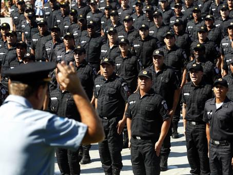 Alíquota previdenciária de PMs e bombeiros do Rio vai cair de 14% para 8,5% em 2020