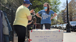 Volunteers with Vaccination Signup
