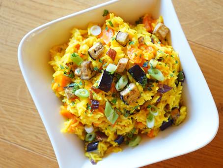 Ayurvedisch Grillen: 3 Tipps und Rezept für einen leichten Reis-Salat als ultimative Beilage
