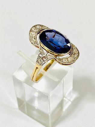 Anillo Oro 18kt y Platino 950. Zafiro Azul y Brillantes.