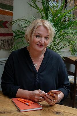 Janinka Diverio, Director