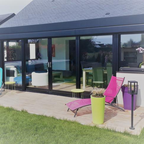 En quête d'un agrandissement de votre maison, vous rêvez d'une pièce à vivre ?
