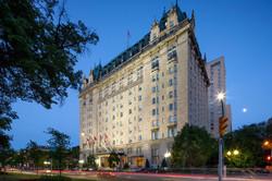 Hotel Fort Garry.jpg