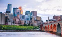 Minneapolis (day - water).jpg