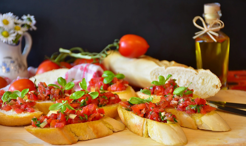 bruschetta with olive oil and tomatoes