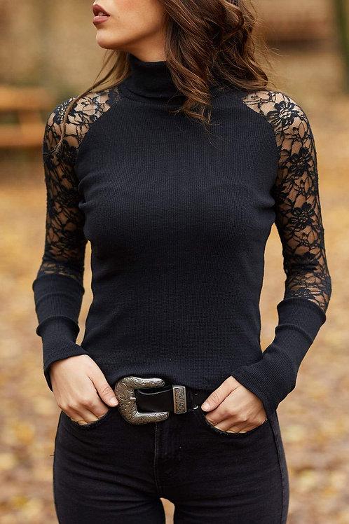 Ribbed Turtleneck Lace Sleeve Beauty