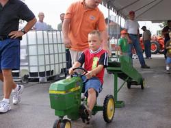 Kids Tractor Race