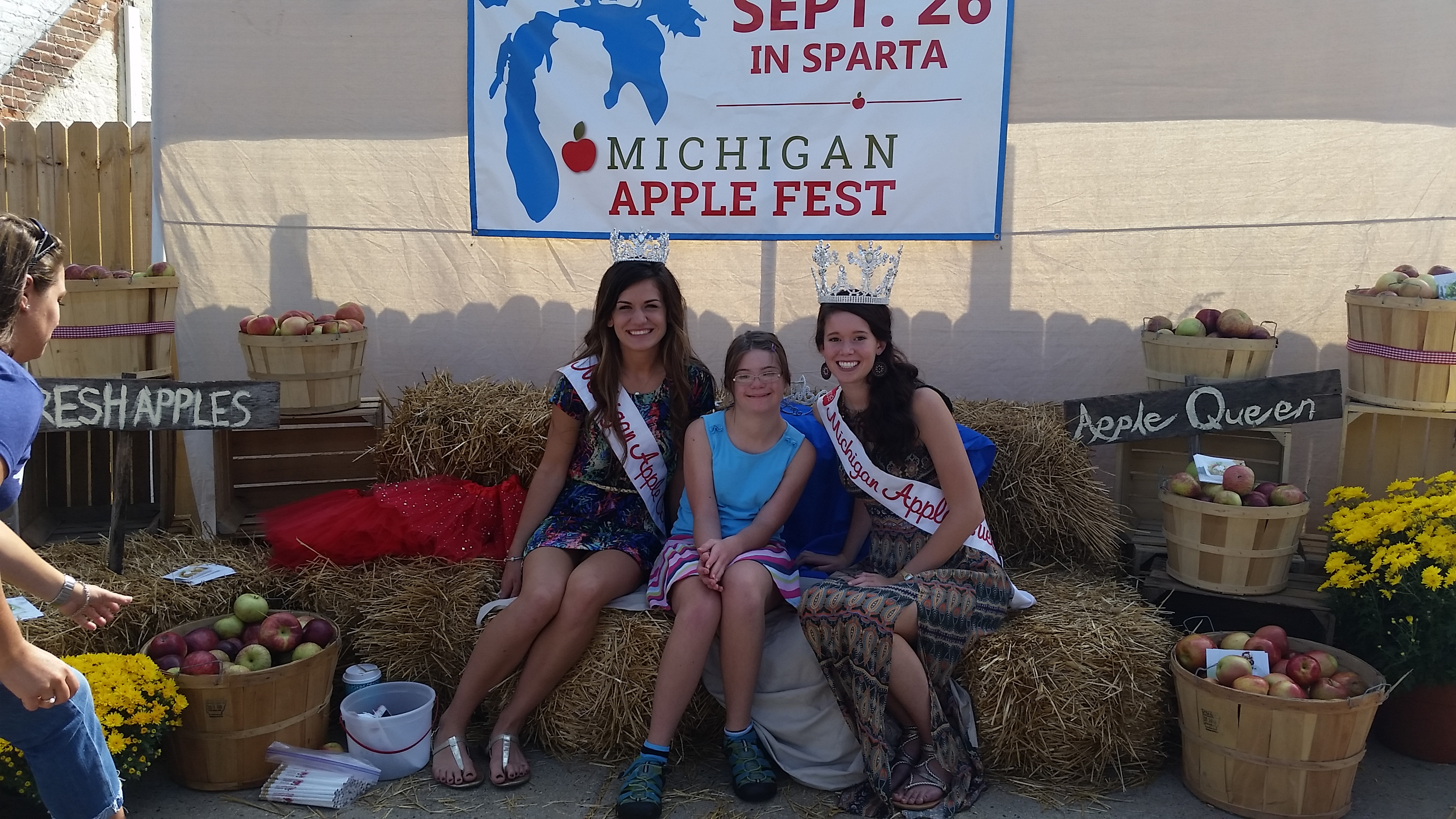 Michigan Apple Queen 2016