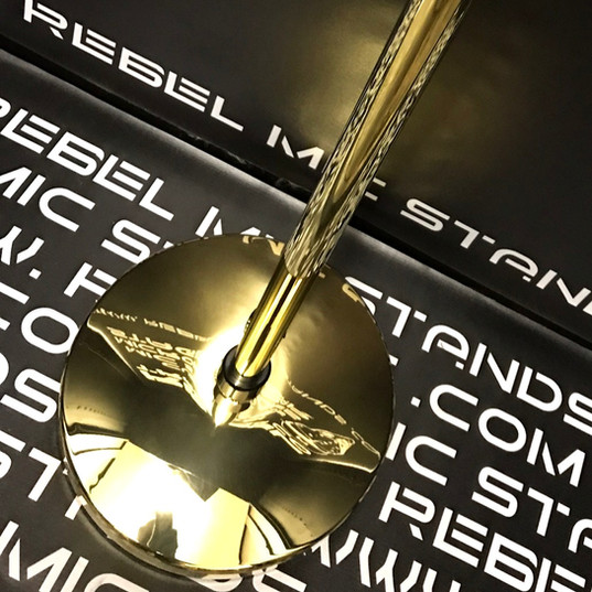 Rebel Gold Plated with Rebel Round gold plated base - shown on a Rebel 25 pole