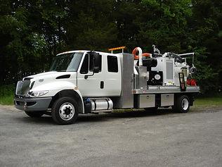 wet excavation system truck