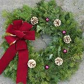 Decorated-Wreath-Burgundy-Velvet-with-Go