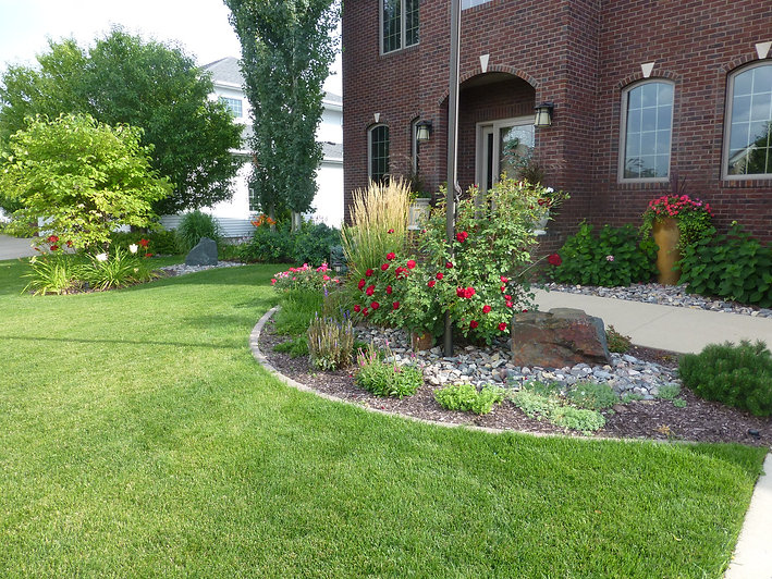Lawn moving and gardening services in Fargo
