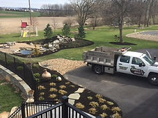 commercial mowing and lawn maintenance company near harrisburg