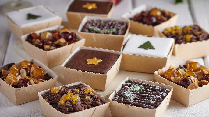 Christmas Cake Selection x12