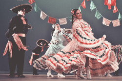 Custom Mexico Vacation | GeoLuxe Travel LLC | Traditional Mexican dancers