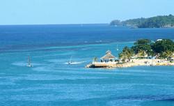 Custom Caribbean Vacation | GeoLuxe Travel LLC | oceanfront villa
