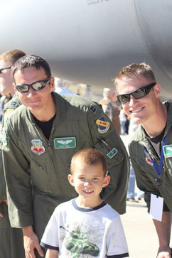 James Michael with 2 Air Force Officers
